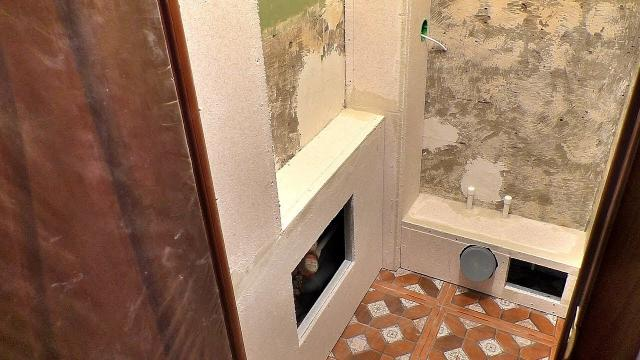 Как закрыть трубы в туалете под отделку пластиком и плиткой. Короб для труб за 2 часа своими руками - LALAMASTER.RU