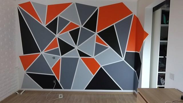 Интересное решение в ремонте! Геометрическая покраска стен - LALAMASTER.RU