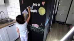 Как сделать грифельную стену, где можно рисовать мелом? Аккуратный стык краски
