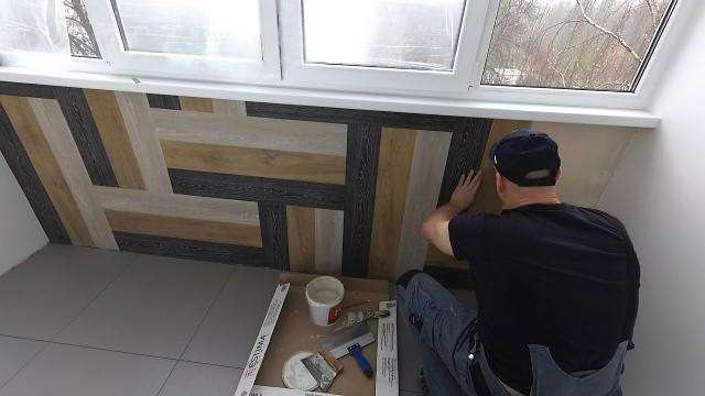 Ламинат на стену или плитка ПВХ. Клею напольное покрытие на стену. Артвинил на стене - LALAMASTER.RU