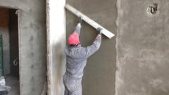 Как сделать качественную цементно-песчаную штукатурку? Машинное нанесение