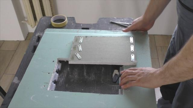 Как сделать люк под плитку на магнитах и экран под ванну за 30 минут - LALAMASTER.RU